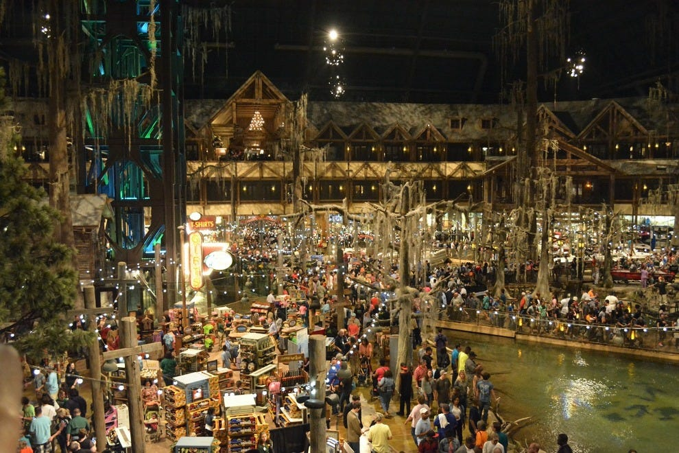 Opening day at Bass Pro in Memphis brought in an estimated 20,000 visitors