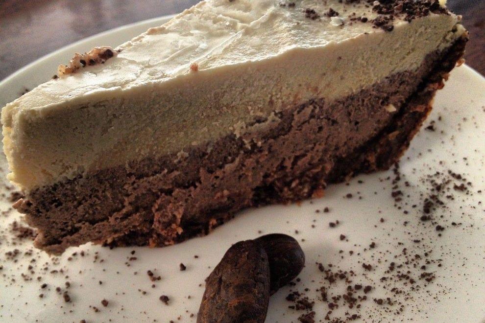 La Botanica Organica's raw chocolate cream pie