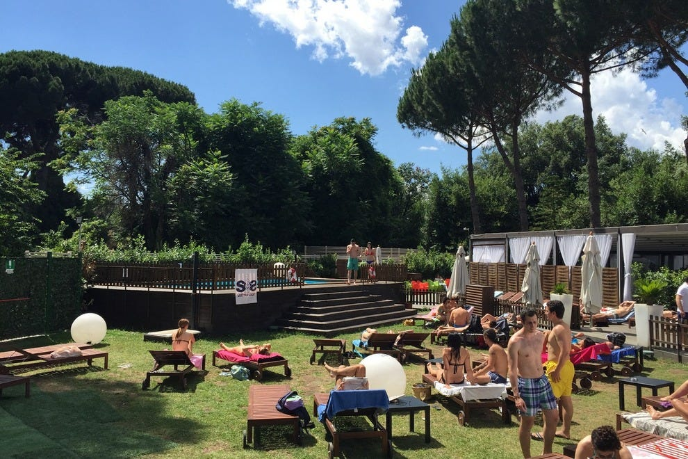 Summertime in Rome doesn't get much better than OS Club!