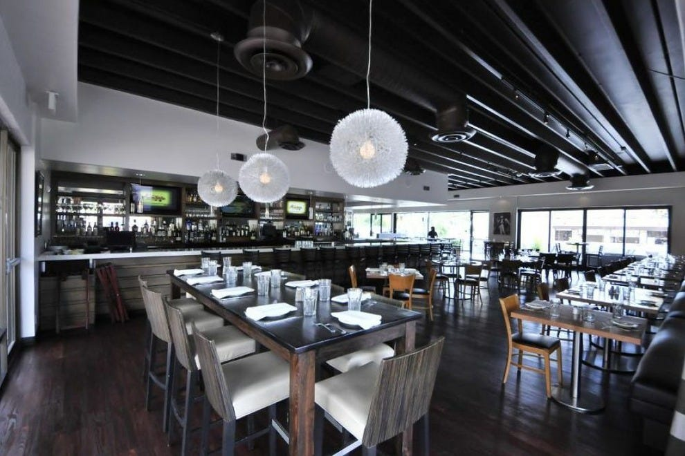 Tommy v 39 s urban kitchen bar scottsdale restaurants for V kitchen restaurant