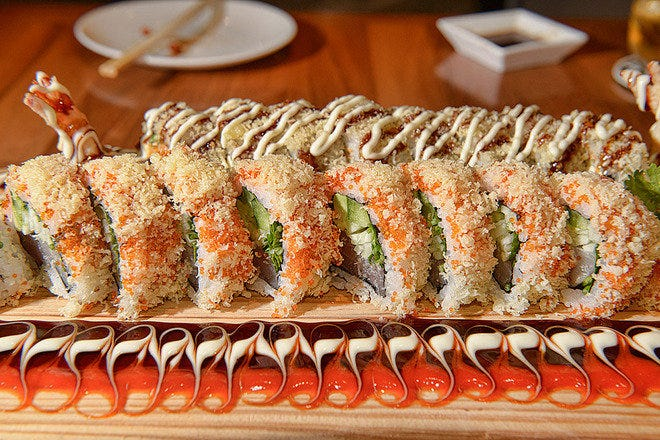 Maki on Fifth Sushi Bar and Bistro