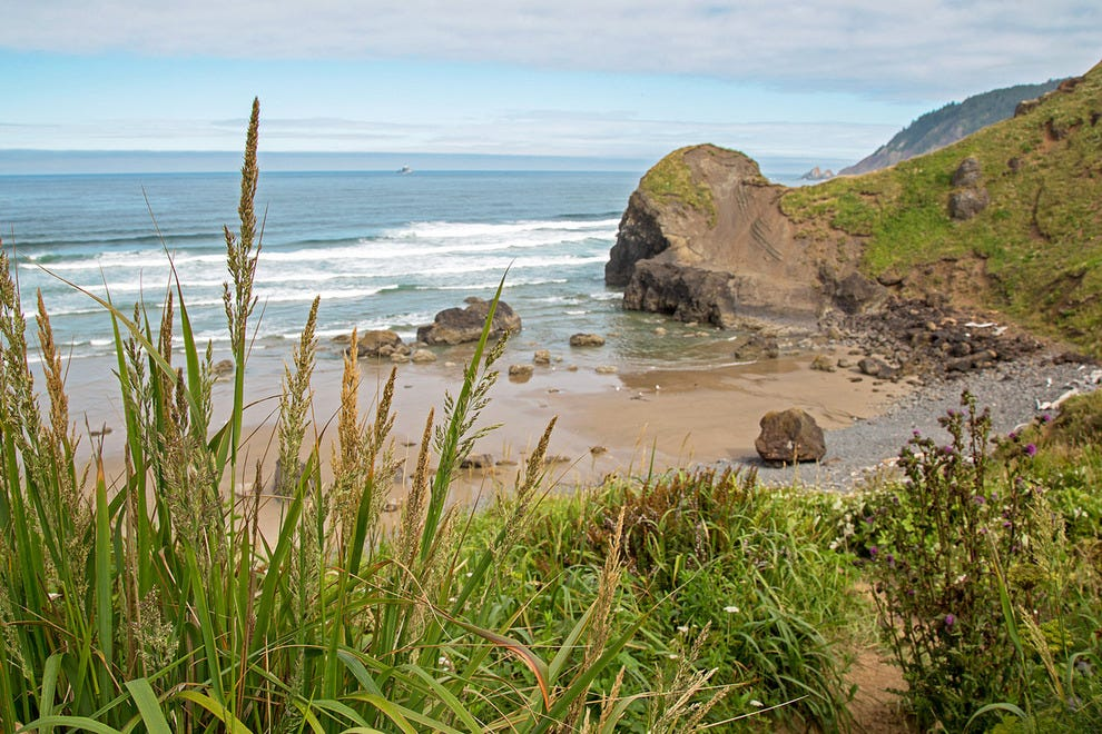 Places to visit in southern oregon coast best place 2017 for Where to go in oregon