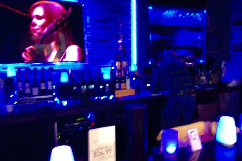 法国酒吧激发了C Level的室内设计灵感