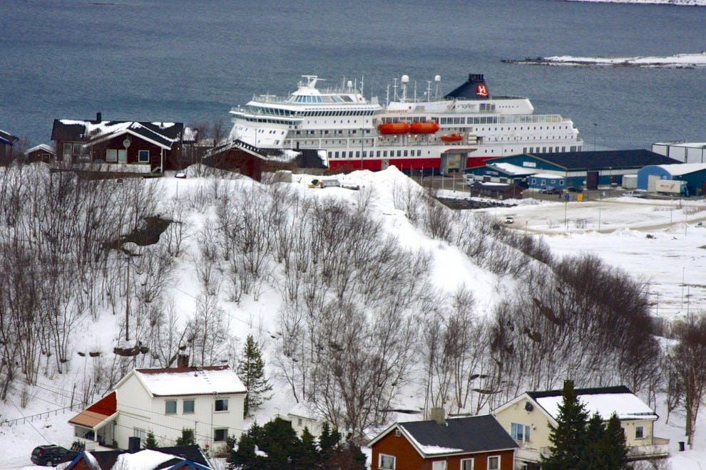 Hurtigruten ships sail the coast of Norway, delivering mail at small towns such Bøda, and offering nights of prime aurora viewing north of the Arctic Circle.