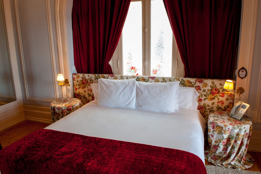 Gloriously comfortable king-sized beds guarantee a good night's sleep