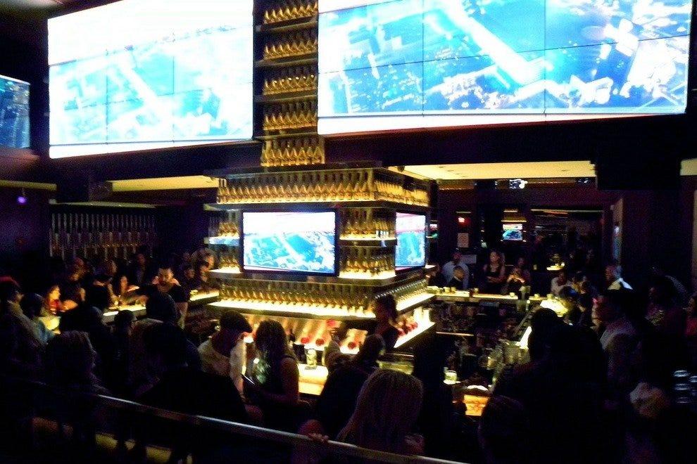 New York Sports Bars: 10Best Sport Bar & Grill Reviews