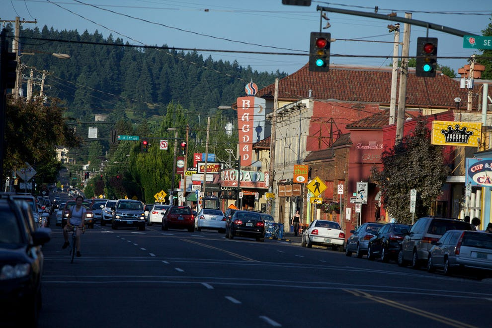 About Hawthorne District