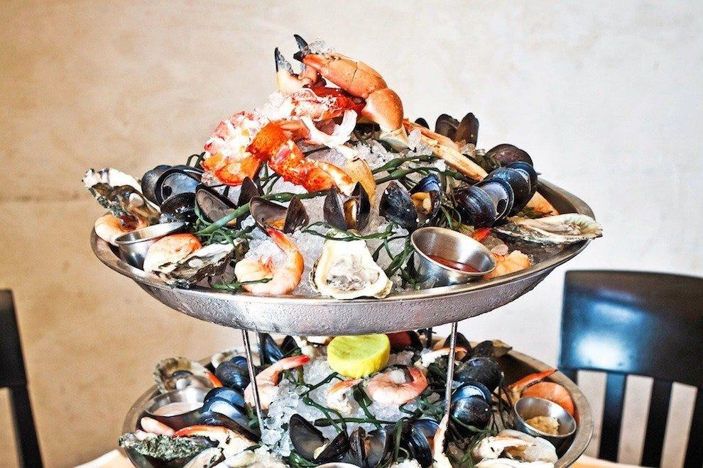 Hank S Seafood Restaurant