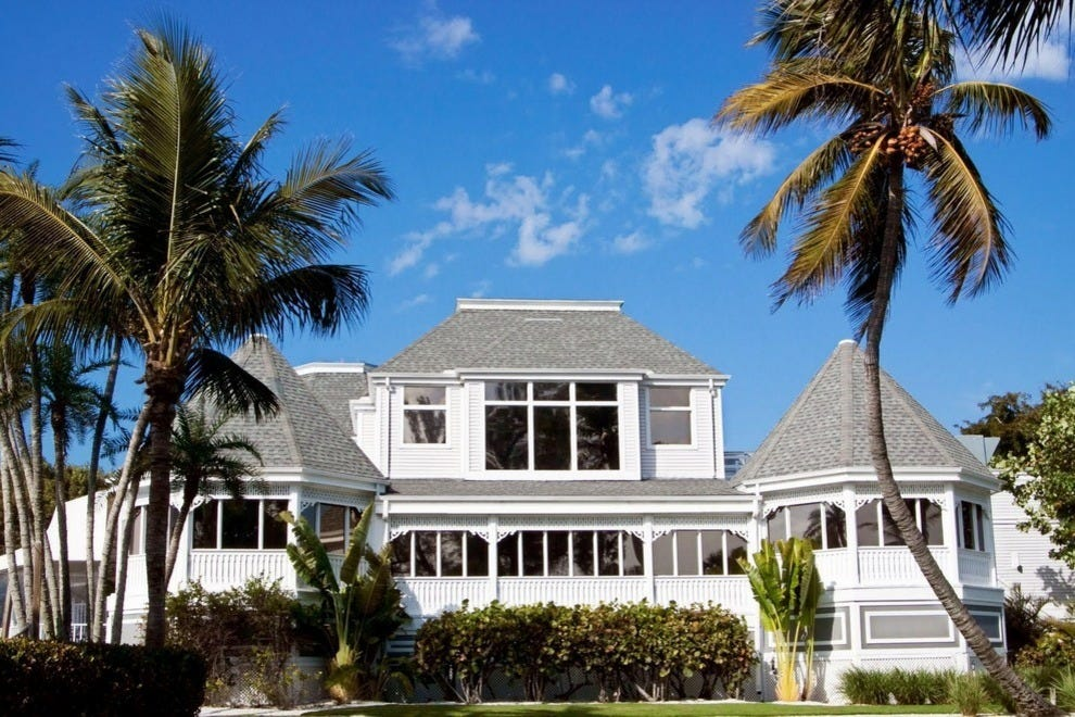 Thistle Lodge was a historic gathering place for dignitaries and celebrities during Sanibel's development