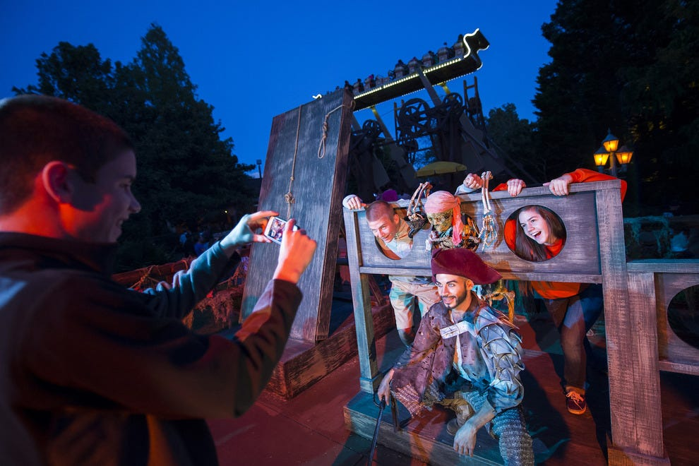 busch gardens halloween horror nights williamsburg