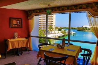 Grand Bahama's Best Hotels, Resorts and Vacation Rental Properties