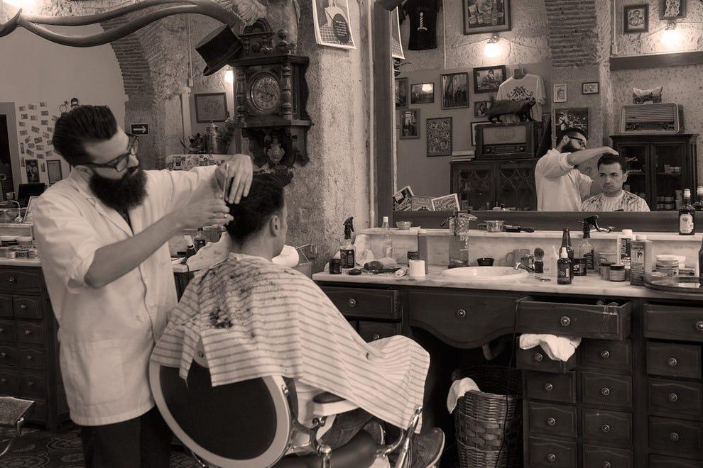 黄金时代的倒影:费加罗的复古装饰唤起了20世纪初美国的氛围。