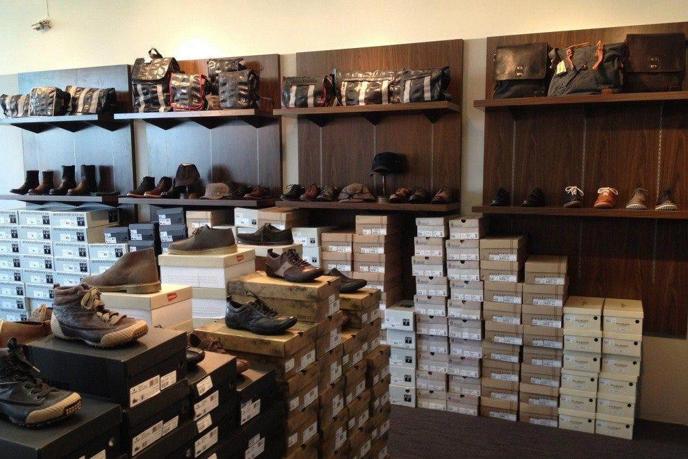 伊梅尔达和路易的鞋子