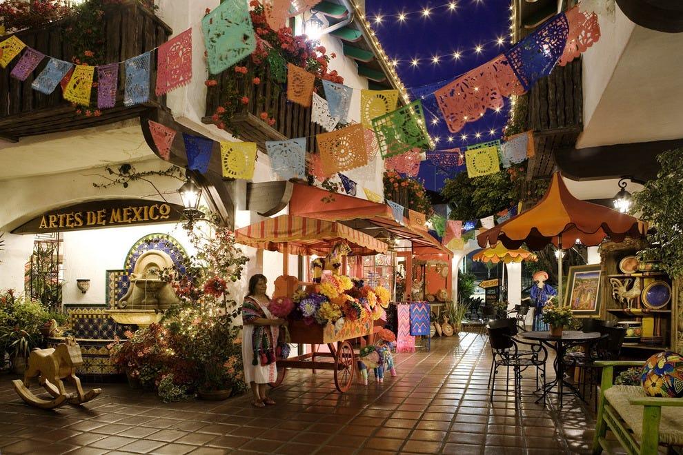 圣地亚哥老城正宗的墨西哥购物