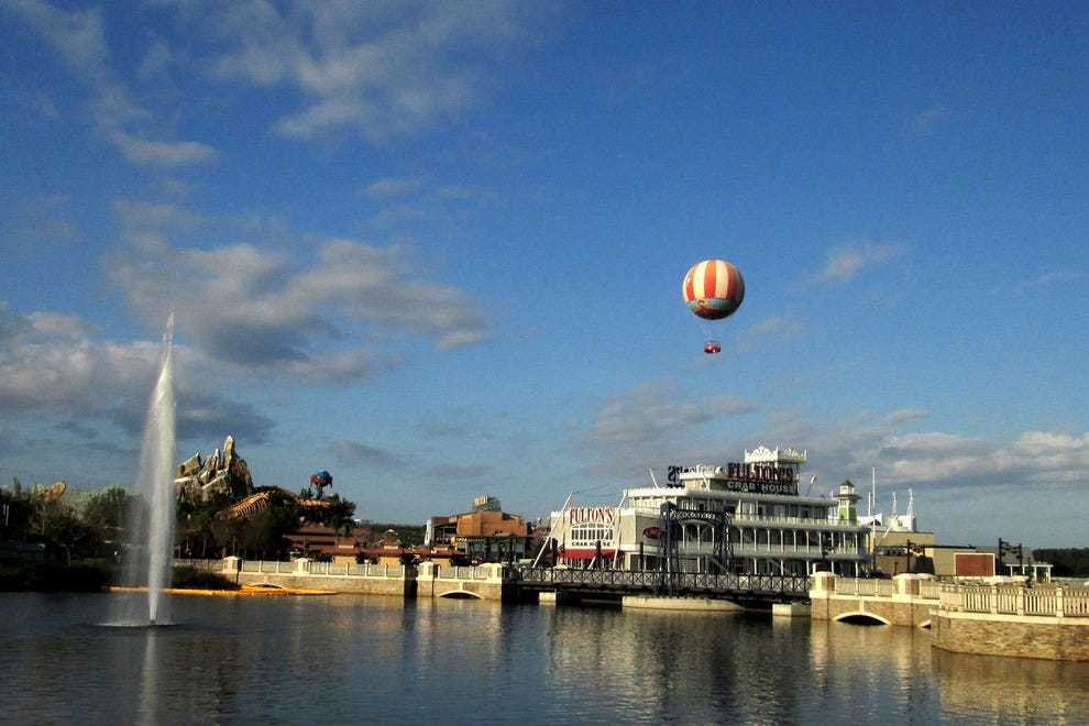 The Disney Springs bridge and balloon
