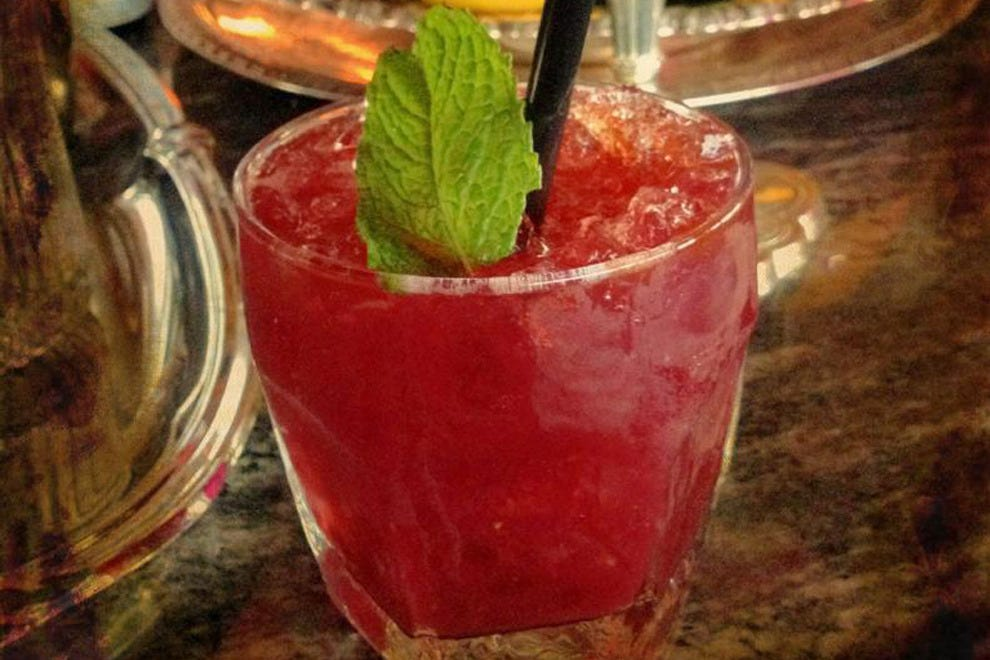 内华达鸡尾酒:选择你的酒,选择你的水果,剩下的就交给调酒师吧!