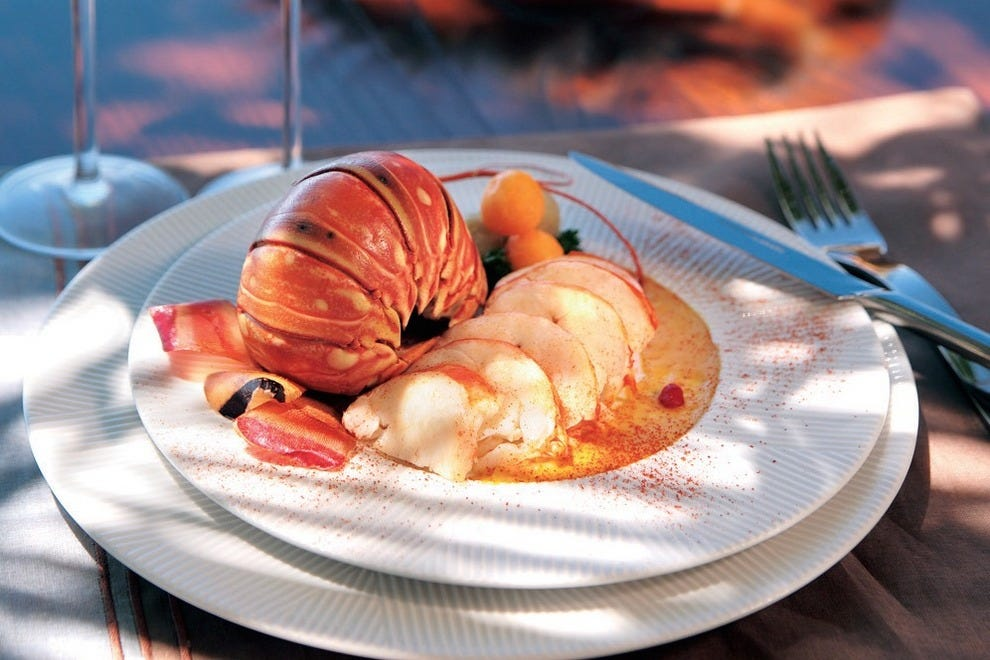 travel guadeloupe caribbean food french