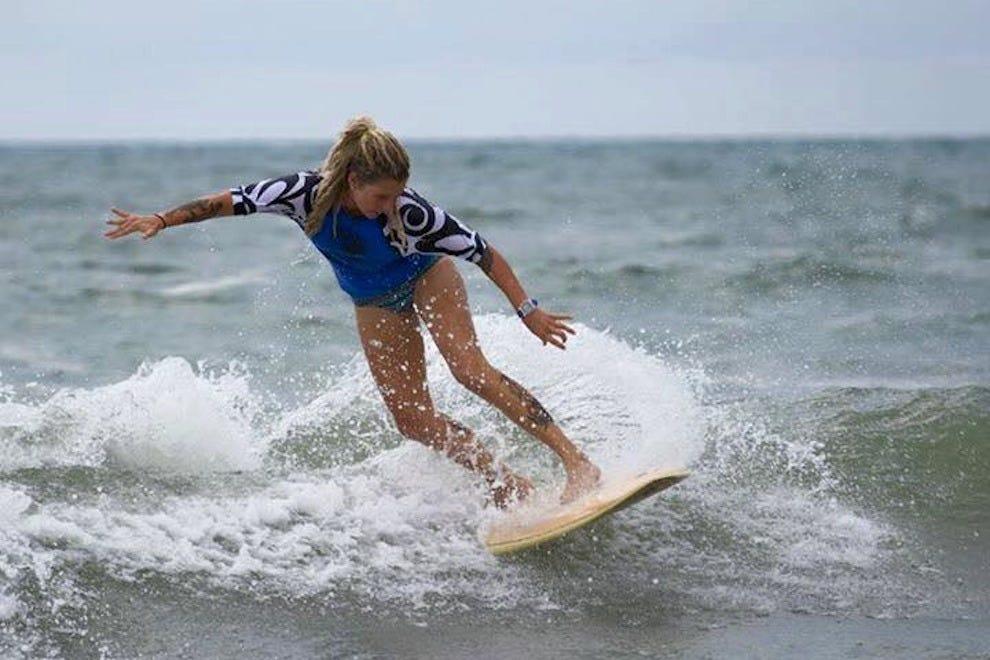 温丹西组织冲浪课程和更多