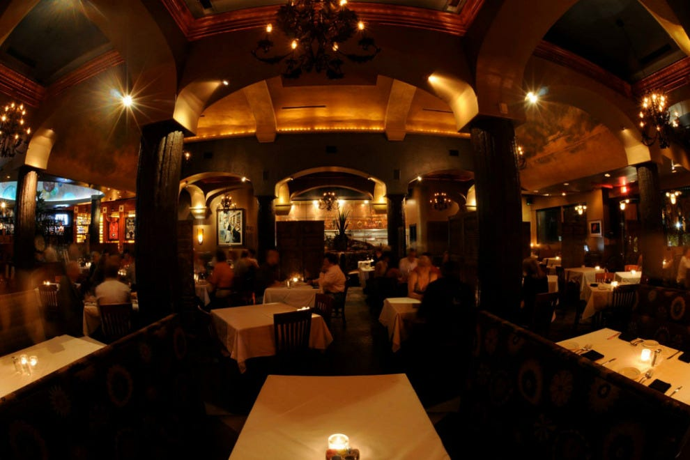 Al biernat 39 s dallas restaurants review 10best experts for Best private dining rooms dallas