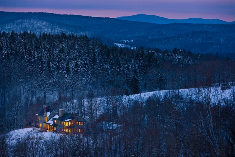 If winter romance means snowy trails and hot toddies, make your way to Twin Farms.