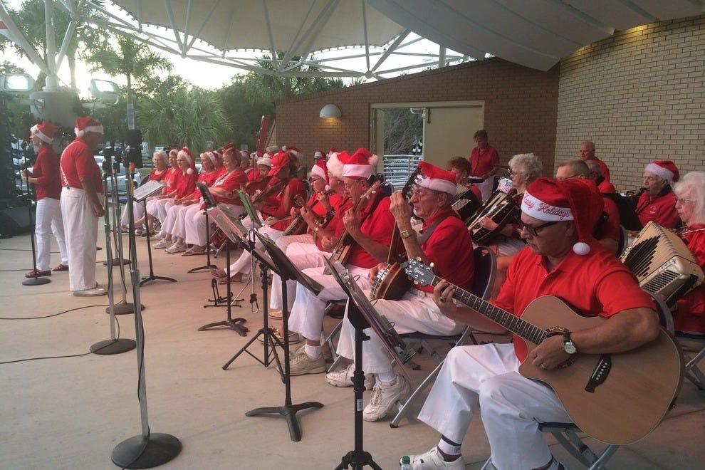 博尼塔乡村乐队每年都要开演。