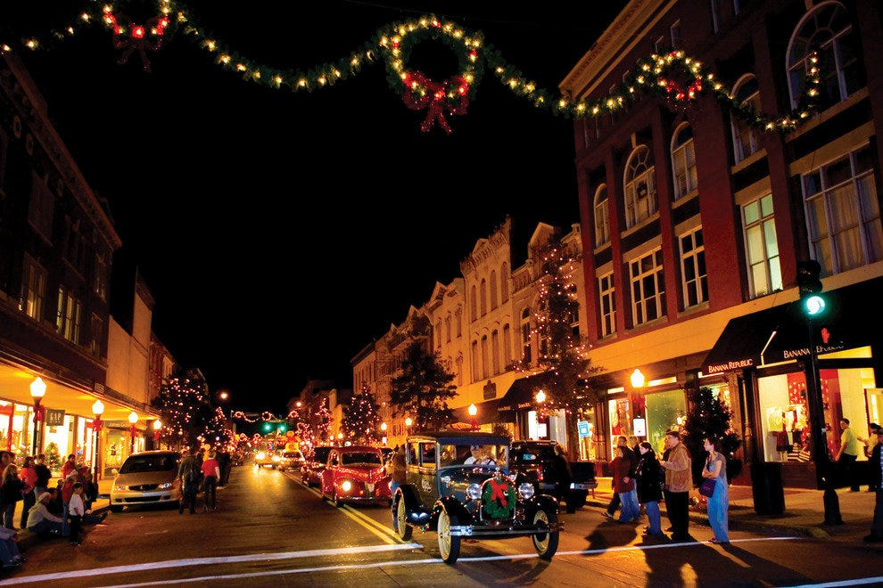 Savannah's Lighted Christmas Parade
