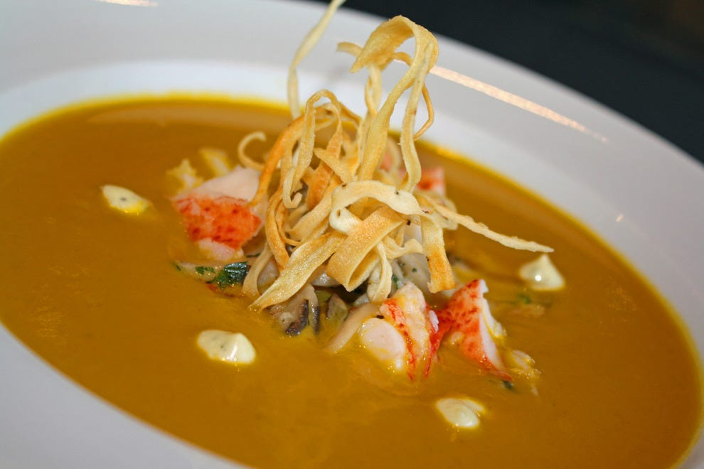 Palettes' 2015 winter menu included lobster bisque