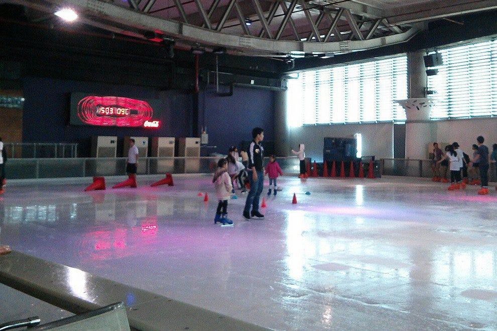 零度以下溜冰俱乐部
