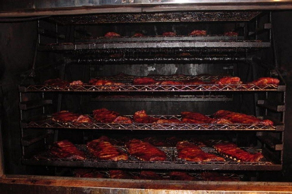 Kansas City Bbq Restaurants 10best Barbecue Amp Barbeque