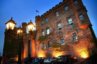 Find the Perfect Edinburgh Hotel for a Romantic Break