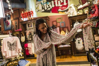 Orlando's Top Shopping: Mallrats, Market Mavens & Small Shoppers Welcome