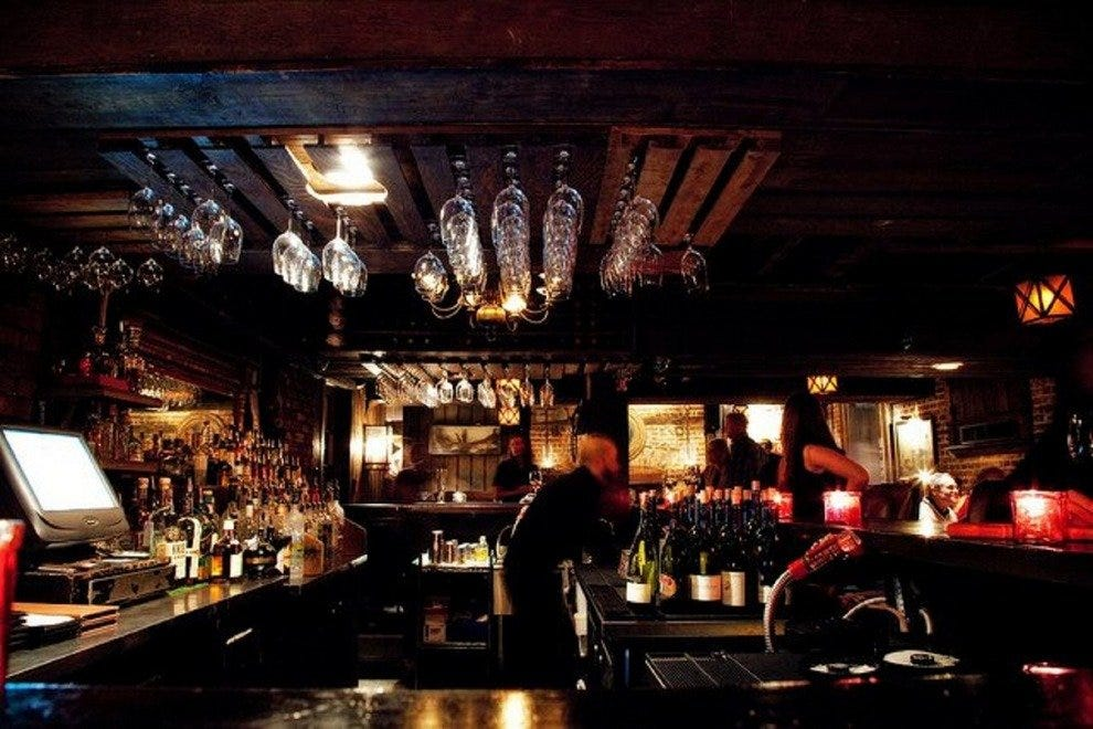 Planters Tavern - Planters Tavern: Savannah Nightlife Review - 10Best Experts And