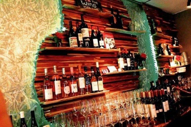 Picture of Swirlerly Wine Bar Orlando