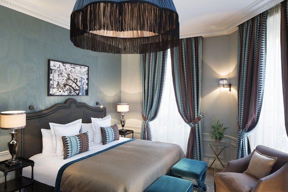 Paris luxury hotels in paris luxury hotel reviews 10best for Hotel designer