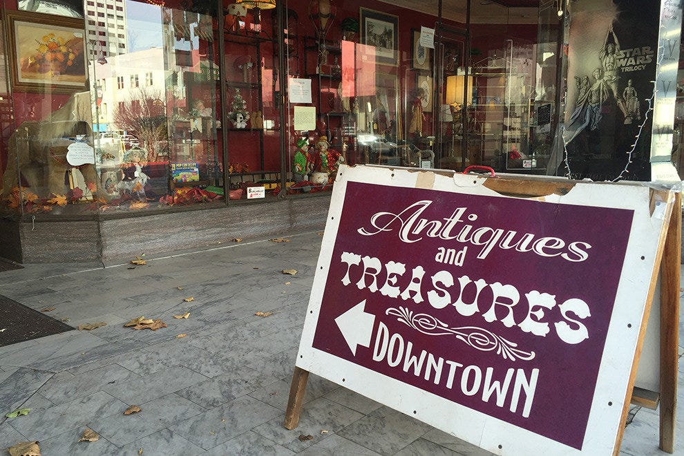 Antiques & Treasures