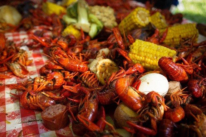 Restaurant Slideshow Crawfish In New Orleans