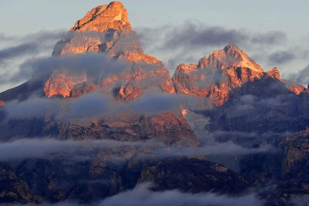 Grand Teton had 3,149,921 visitors in 2015