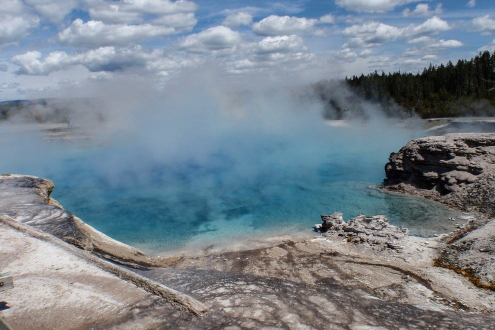 Hike around the Grand Prismatic Spring