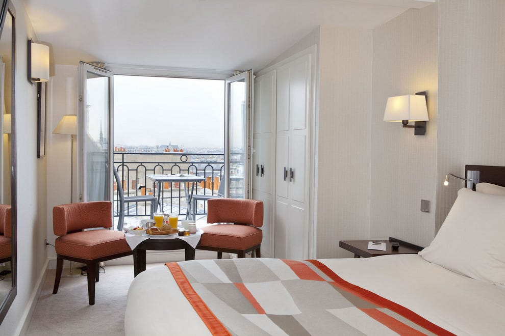 Paris: Budget Hotels in Paris: Cheap Hotel Reviews: 10Best