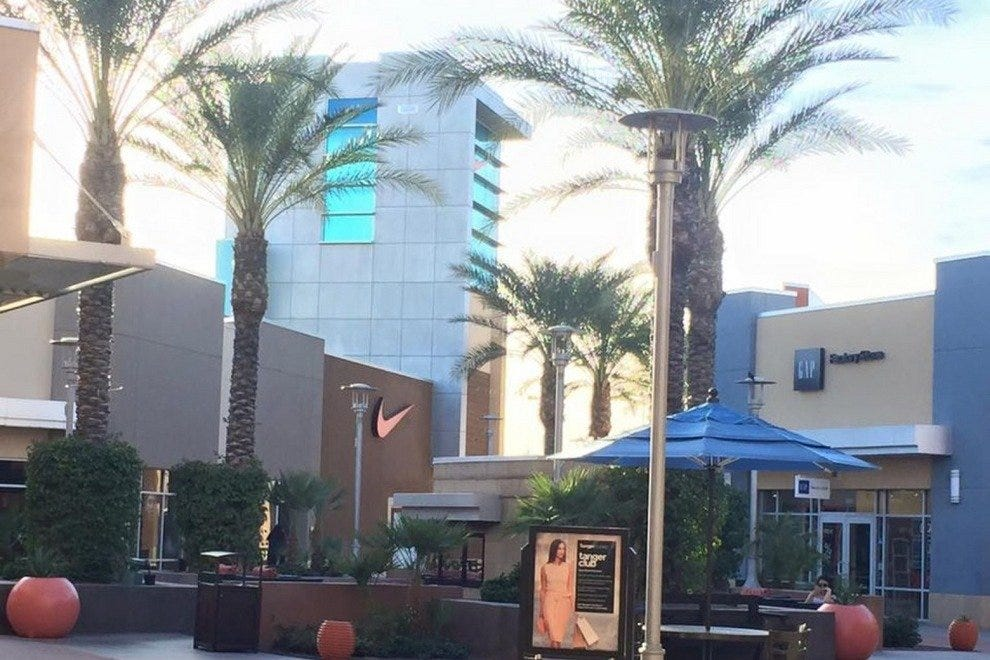 Tanger Outlets: Phoenix Shopping Review