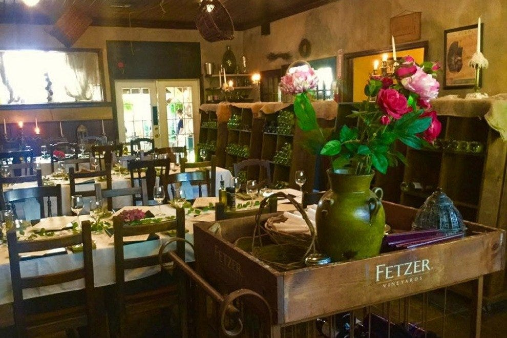 Pia Restaurant St Petersburg