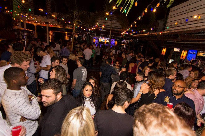 Hyde Park Cafe: Tampa Nightlife Review - 10Best Experts and
