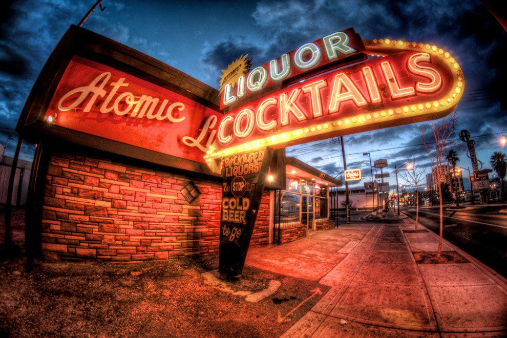 Downtown Las Vegas Best Bars Nightlife In Las Vegas
