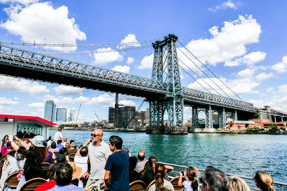 New york guided tours and cruises 10best reviews for Top new york tourist attractions