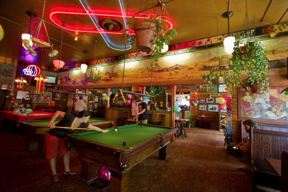 Mcmenamins Tavern Amp Pool Portland Nightlife Review