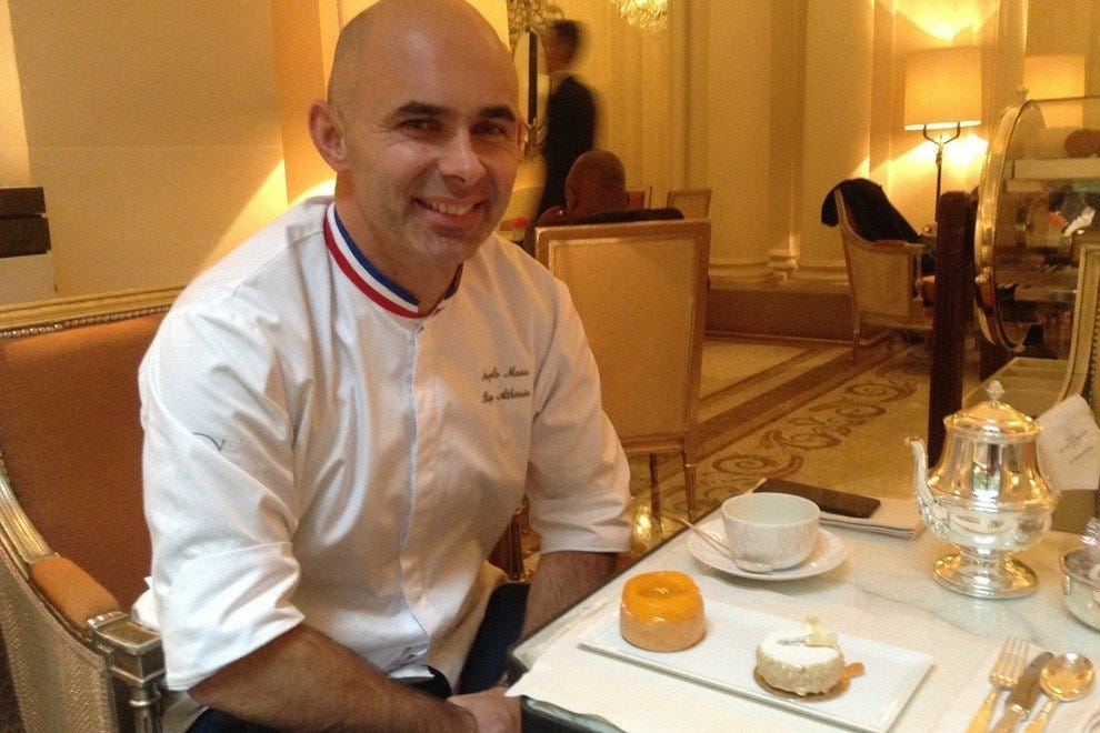 Plaza Athenee Tea Time