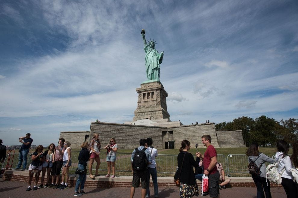 new york travel guide must see attraction