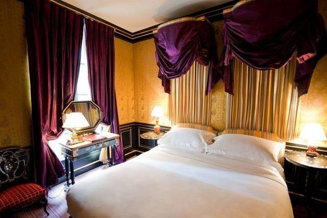Romantic Hotels in Paris