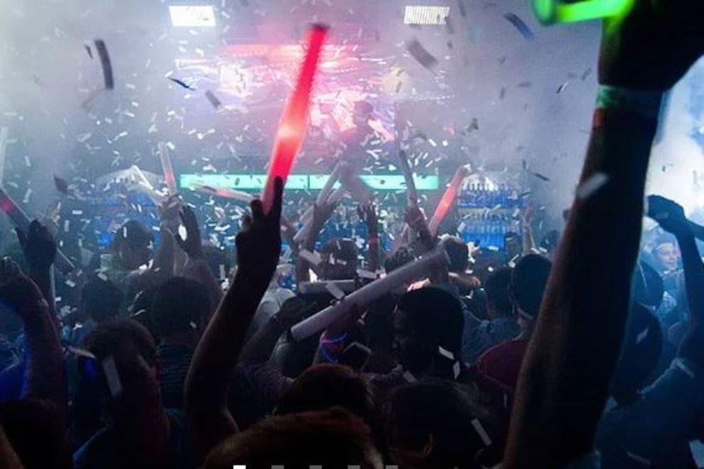 Club paris teen night orlando