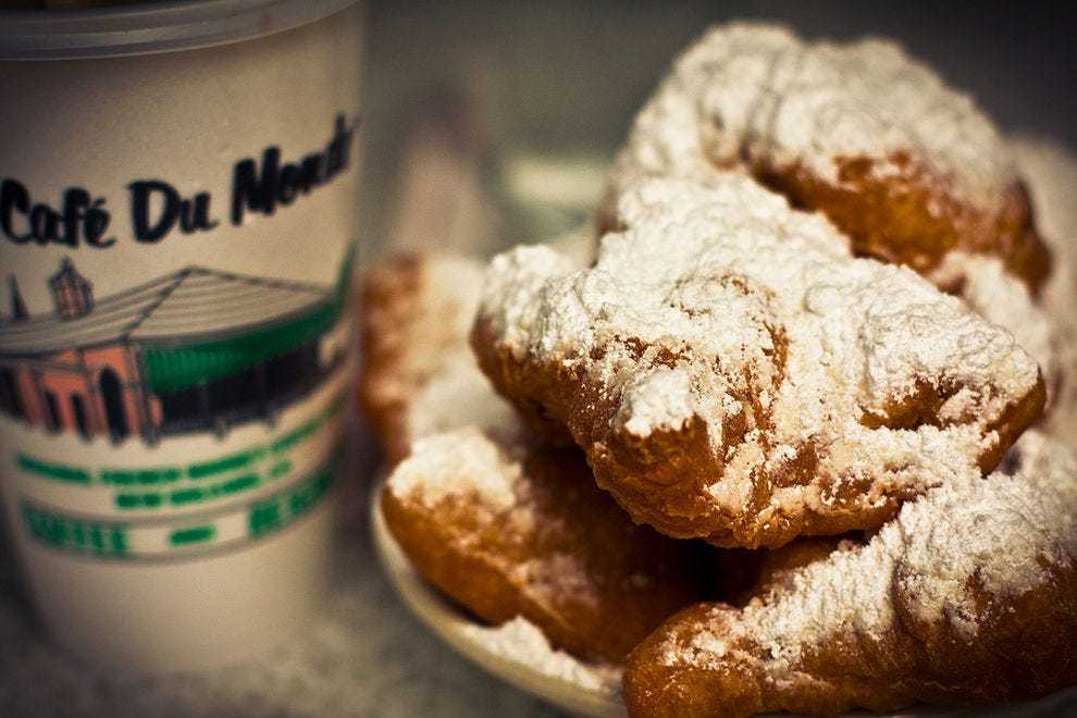 Café Du Monde New Orleans Restaurants Review 10best Experts And Tourist Reviews